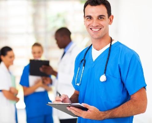 coronavirus-:-les-eleves-infirmiers-en-renfort-!