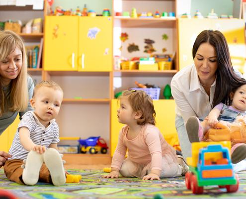 salaries-et-assistants-maternels-employes-par-des-particuliers-:-fusion-au-1er-janvier-2022-!